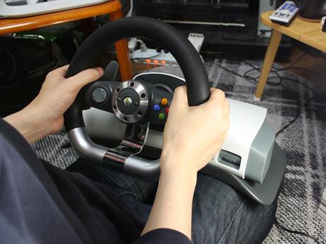 Xbox 360 ワイヤレス レーシング ホイール